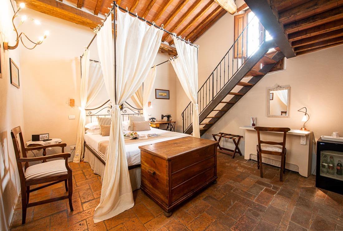 dormire in un borgo medievale in toscana