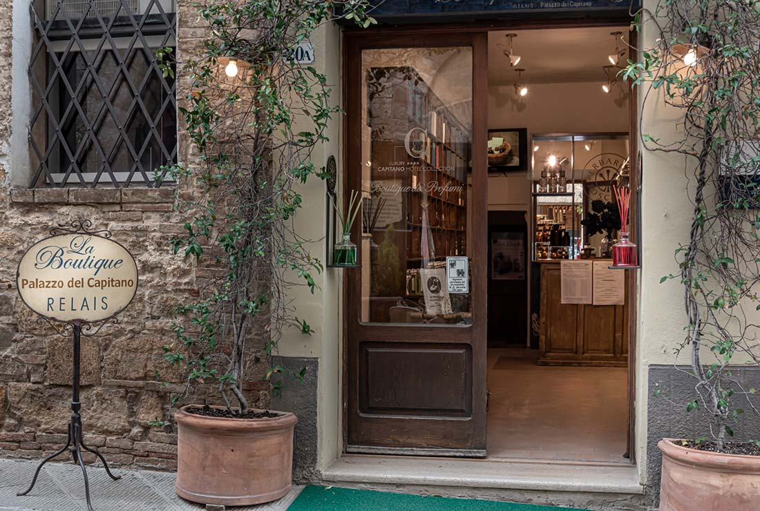 boutique hotel in val d'orcia-6680